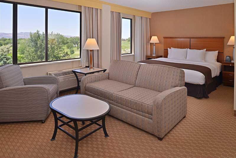 Stupendous Doubletree By Hilton Grand Junction Grand Junction Machost Co Dining Chair Design Ideas Machostcouk